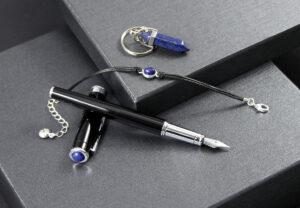 Amulet dla Wodnika | Pióro zdobione lapis lazuli